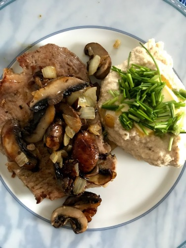 Cauli Mash and Pork